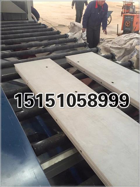 大丰固得铝模板抛丸机升级换代了,水泥杂质清理效率提高,更加环保更加节能