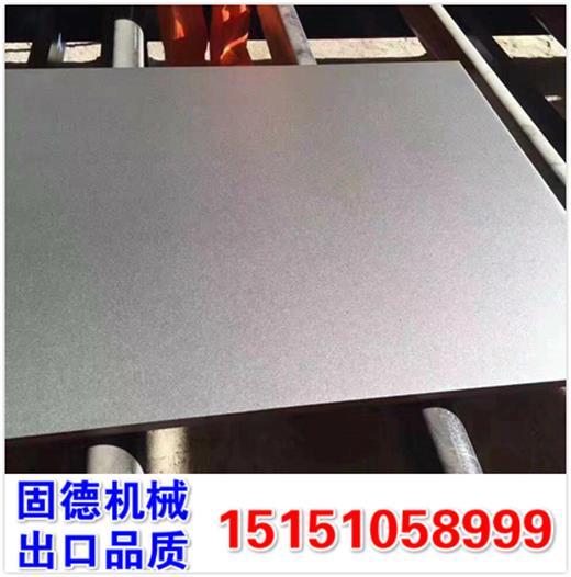 新式钢板抛丸机,双面同时喷丸打砂除锈,款式多,型号全,升级高效除尘器